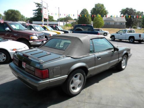 1992 ford mustang for sale goddard auto sales pekin il. Black Bedroom Furniture Sets. Home Design Ideas